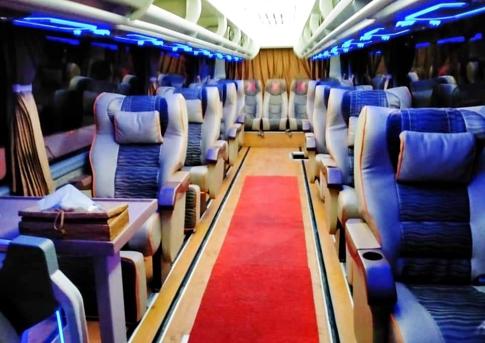 sewa bus luxury bali