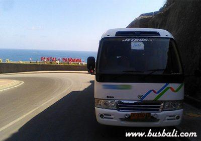 sewa-minibus-20-seat5